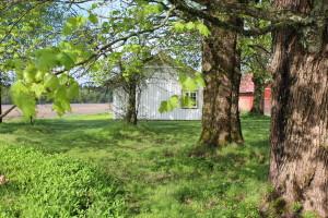 Eget hus med hage og uteplasser